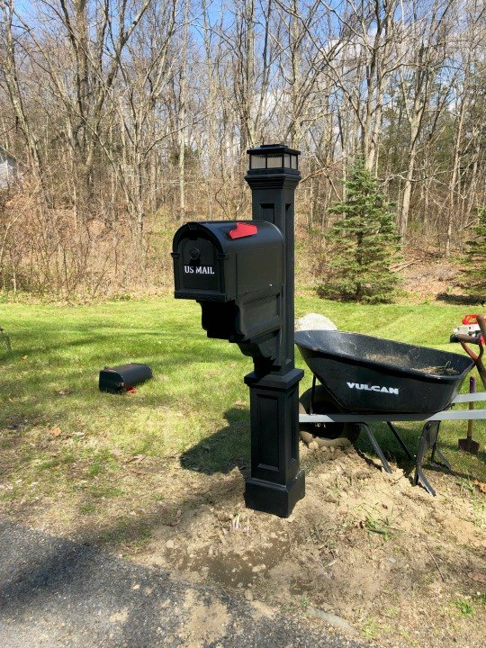 replacing old mailbox and post