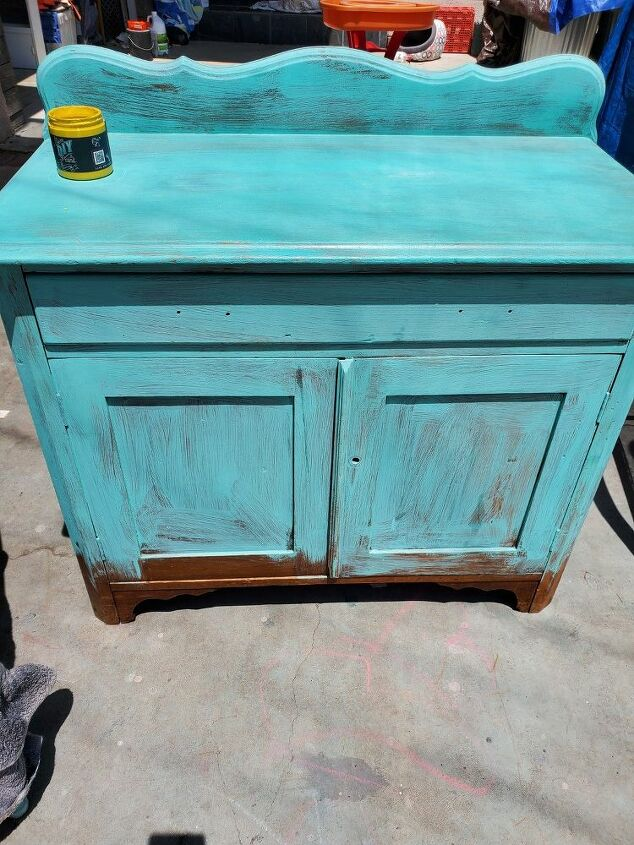 creating a colorful piece of furniture with blending
