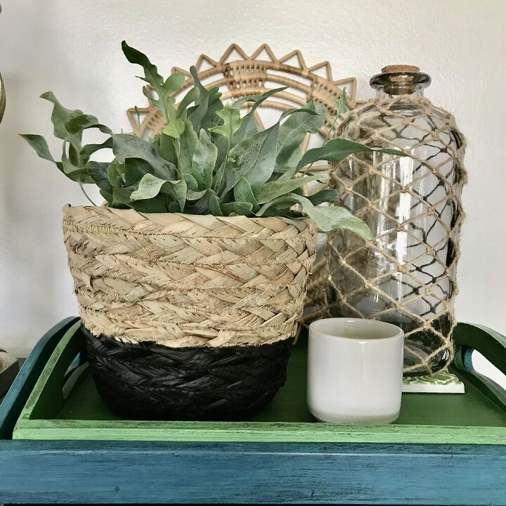 easy color block spray painted baskets