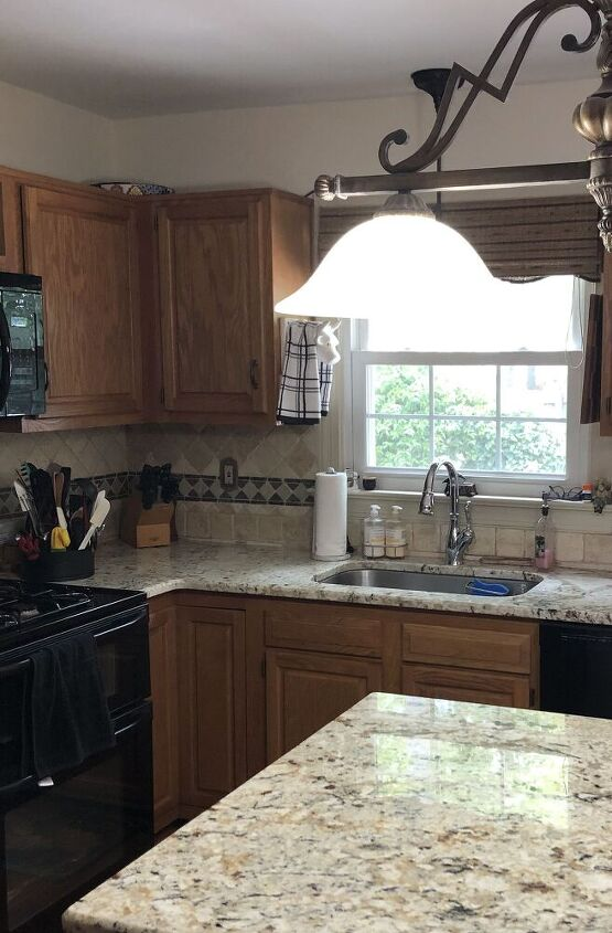 q hello want to update kitchen cabinets