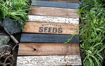 Whip up a Charming Garden-themed Walkway Using Scrap Wood!