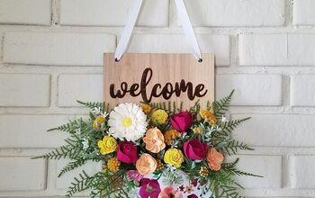 Welcome Fabric Pocket Wall Hanging