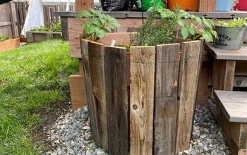 Faux Wine Barrel Planter From Repurposed Fence Boards.