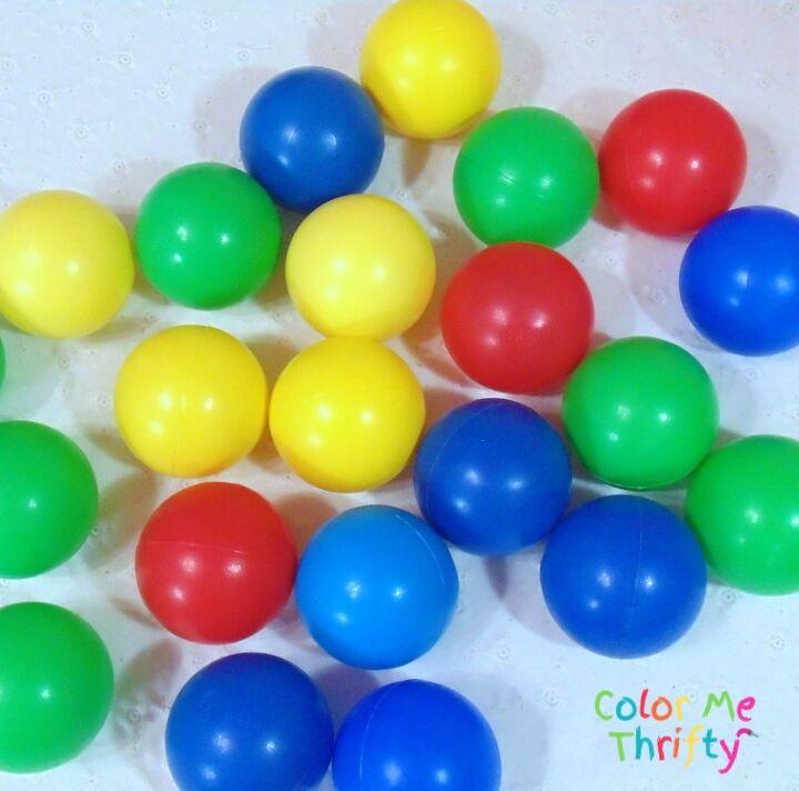 repurposed plastic balls into diy flowers