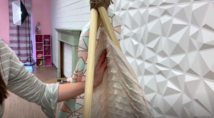 diy teepee tent, Glue the Inner Fabric
