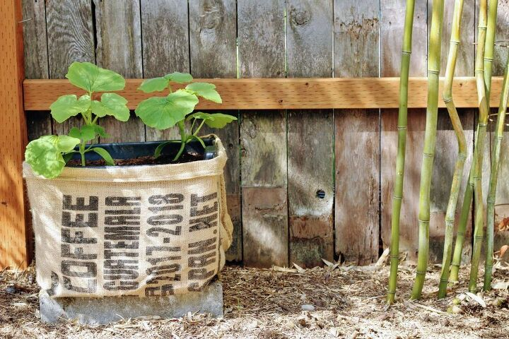 upcycling a plastic garbage box