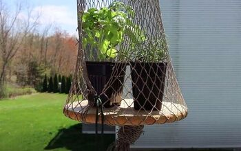 Tie Together a Hanging Planter to Keep Your Plants Safe From Pets