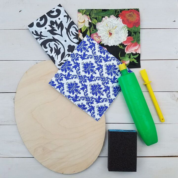 how to transform a piece of wood with a napkin