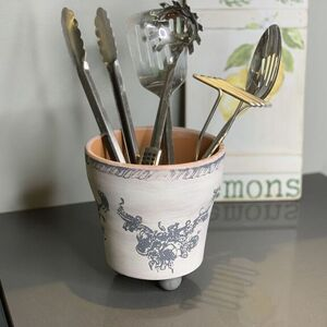 French Country Utensil Caddy