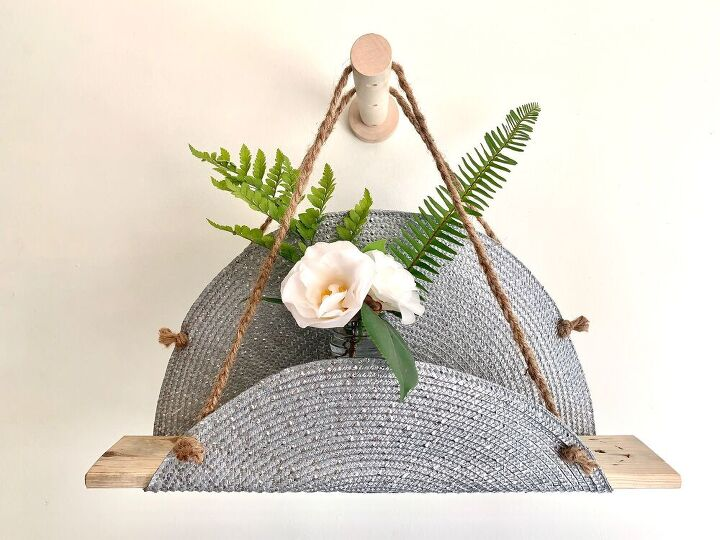 hanging shelf from a place mat