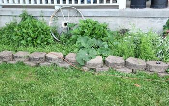 How to Level Edging Stones--Front Yard Refresh