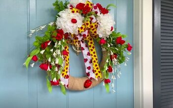 Brighten Up Your Front Door With This DIY Ladybug Wreath