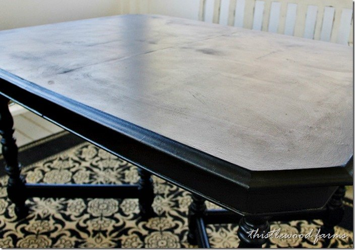 how to paint a faux runner on a table