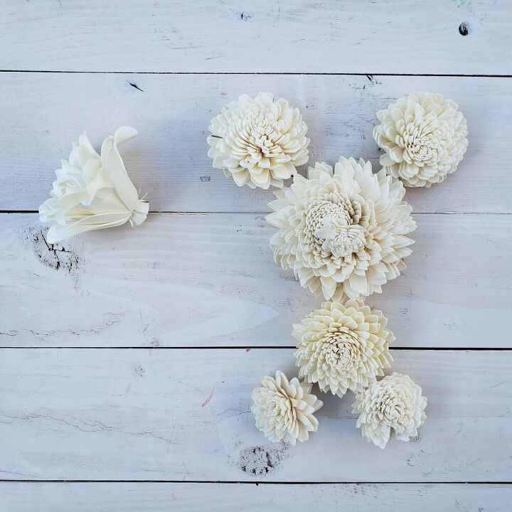 how to make a dog out of sola wood flowers
