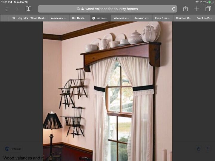 q does anyone know who made this cornice