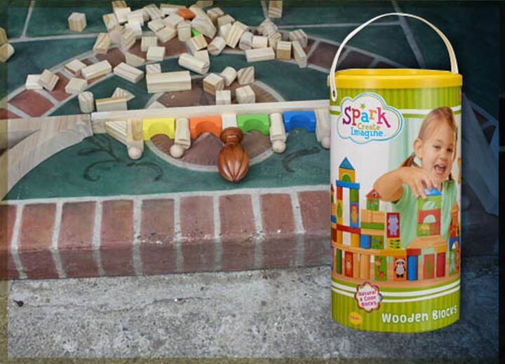 easy gingerbread house trim from toy blocks