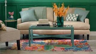 q how to arrange pillows on couch