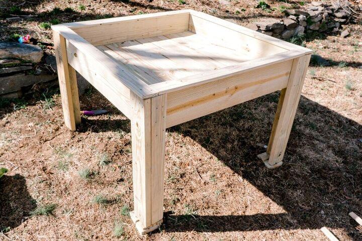 elevated raised garden bed