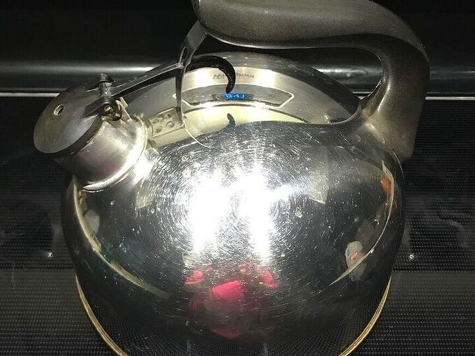 q how to super clean inside of vintage tea kettle