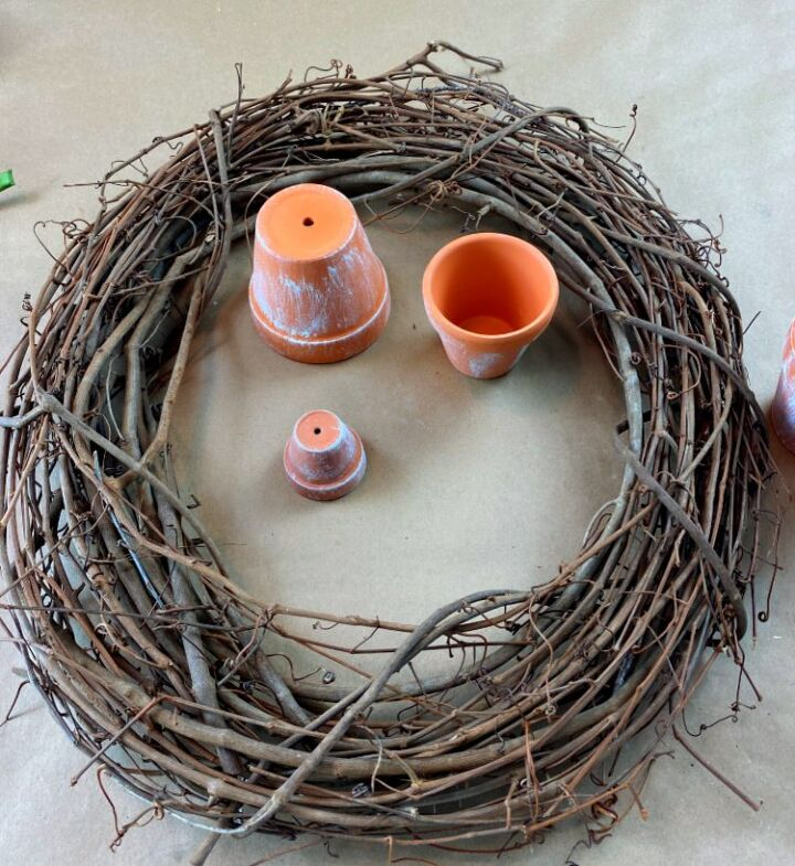 how to make a flower pot wreath
