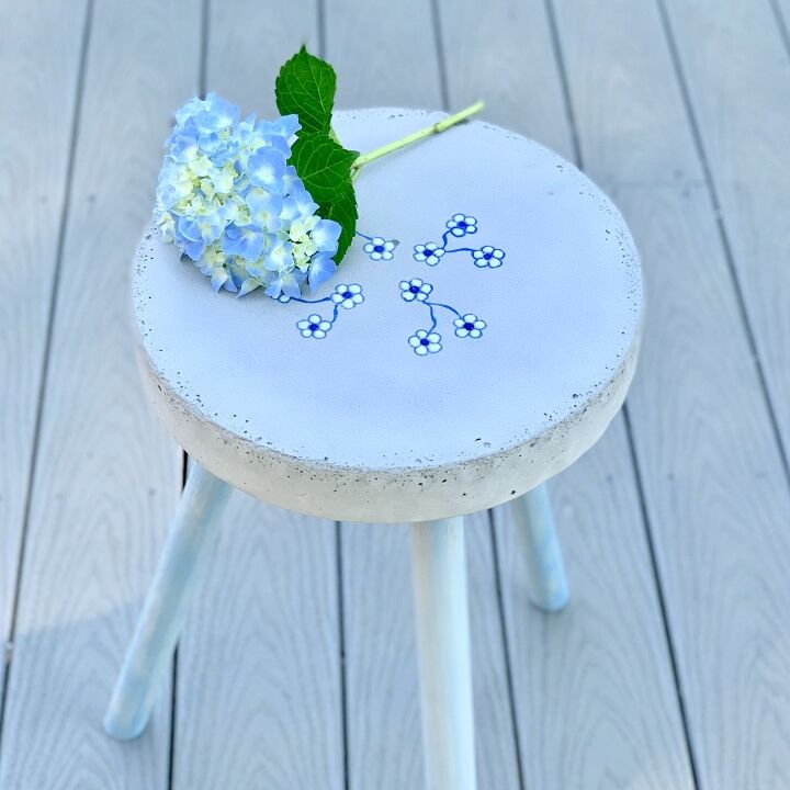 outdoor diy concrete side table with flowers