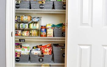 A Messy Girl's Guide to an Organized Pantry!