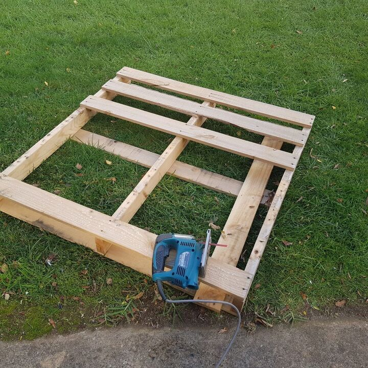 how to build a simple shelf from pallets