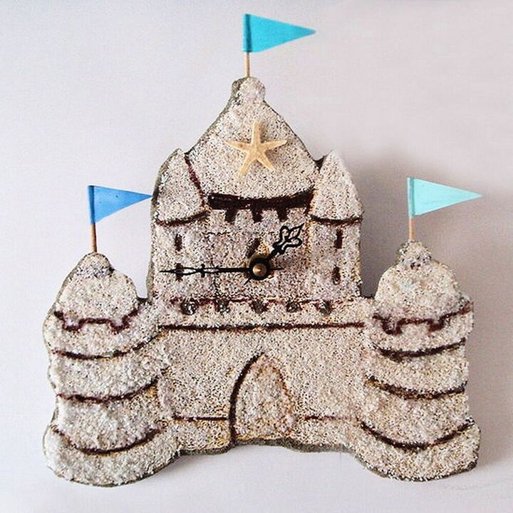 sandcastle clock using real sand