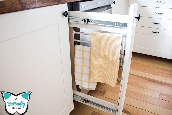 diy built in towel rack