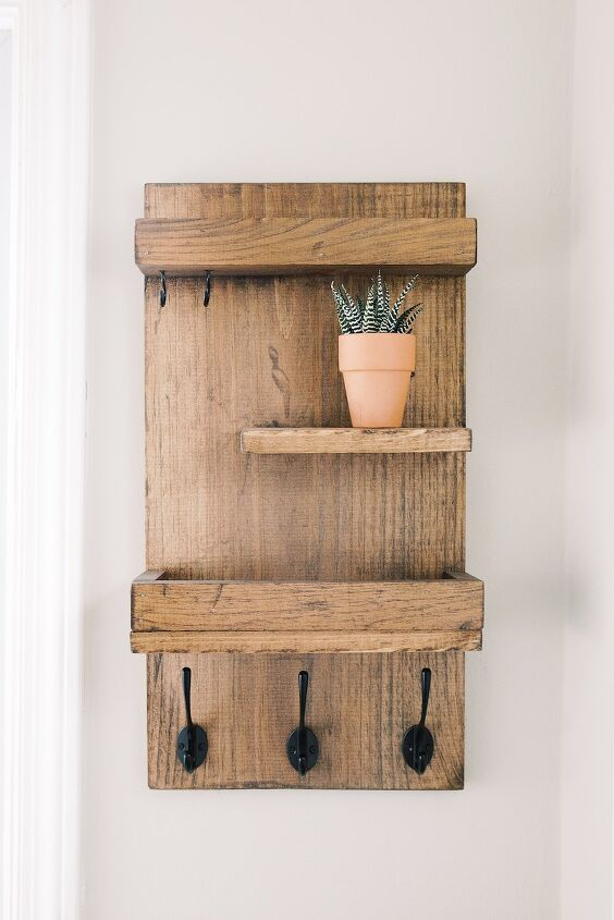 vertical entryway organizer from scraps fo under 10