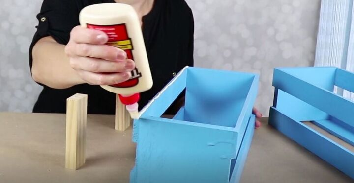 Glue the Crates Together