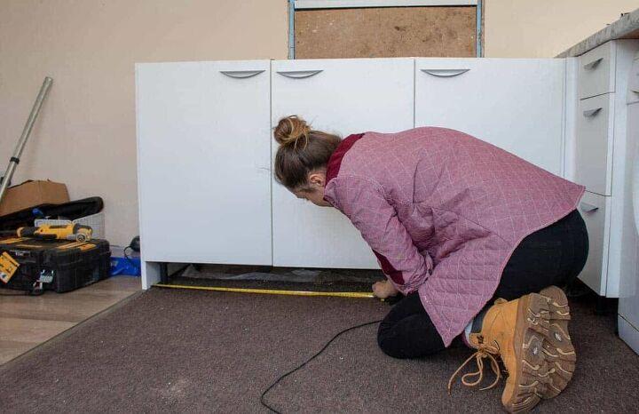fitting a kitchen plinth