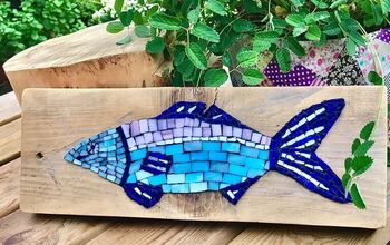 How to Create a Piece of Art From a Plank of Wood and Some Glass Tiles