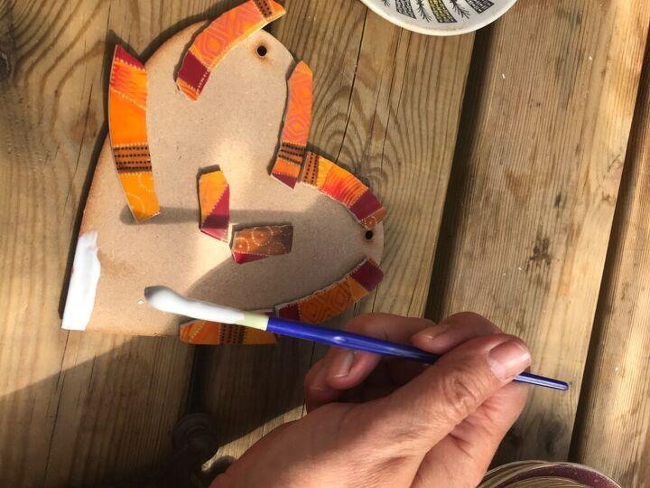 Orange china plate border