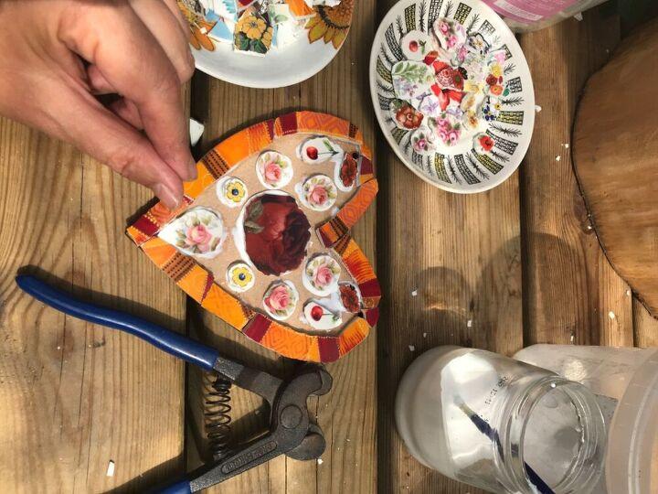 Glue china pieces