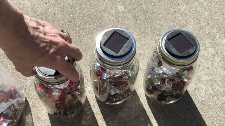 3 ways to use solar lights outside