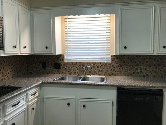 q help with colors and ideas for kitchen