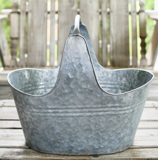 dress up a galvanized tub with decoupage