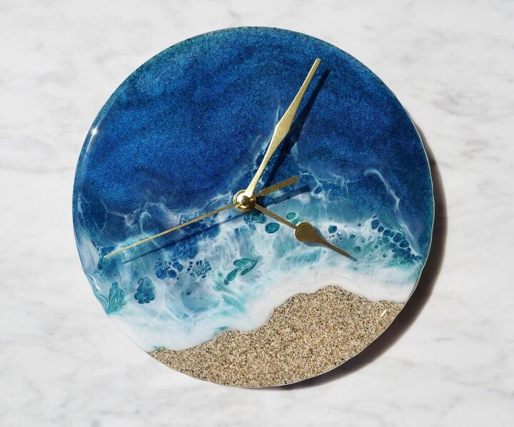 resin ocean and miami sand clock
