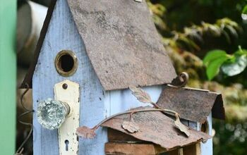 Add Curb Appeal & Some Vintage Charm To A Birdhouse
