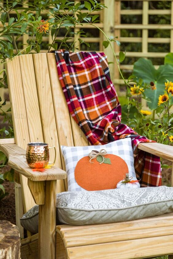 My cozy fall book ready chair