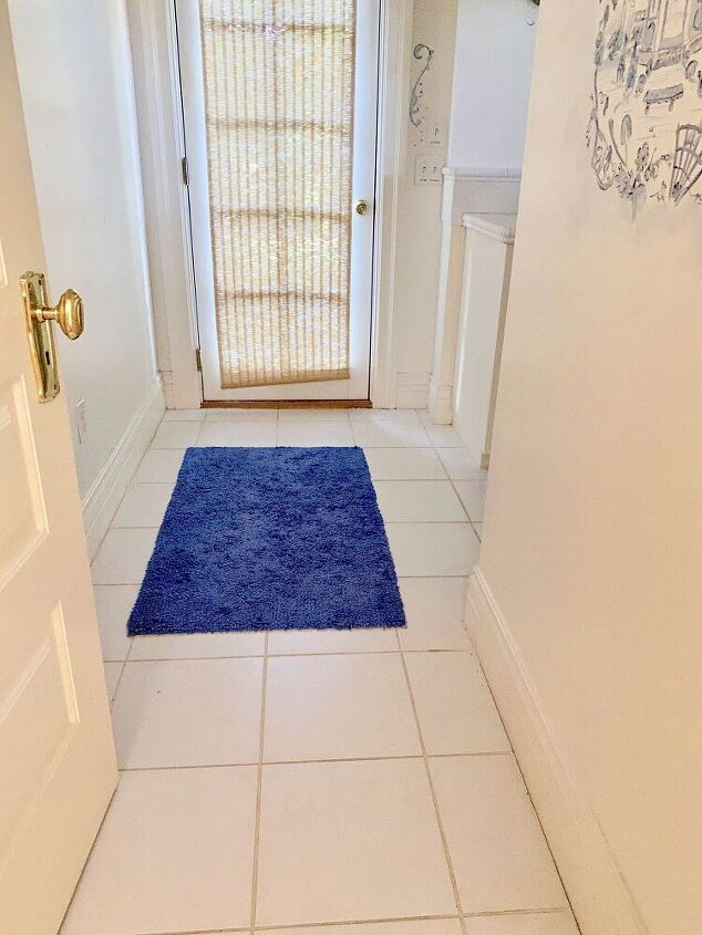 stenciling a tile bathroom floor