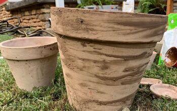 Aged Terra Cotta Pots (dark)