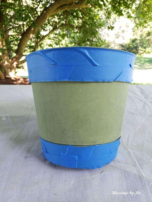 repurposed flower pot using napkins