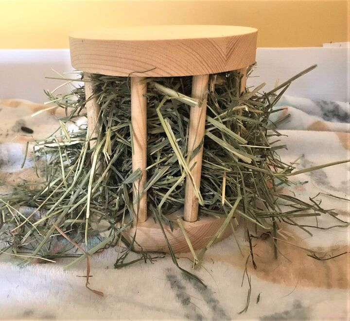 diy small animal hay feeder for rabbits guinea pigs