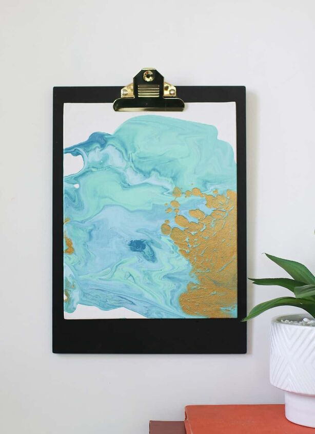 20 Gorgeous Ideas That Ll Get You Hooked On Resin And Paint Pouring Hometalk