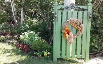 Garden Accent Gate Made From a Pallet