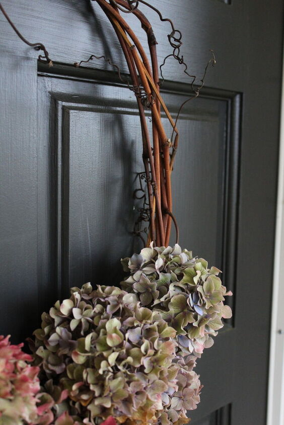 a diy all natural compostable wreath