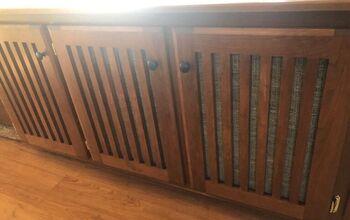Peekaboo Cabinets to Hidden Storage