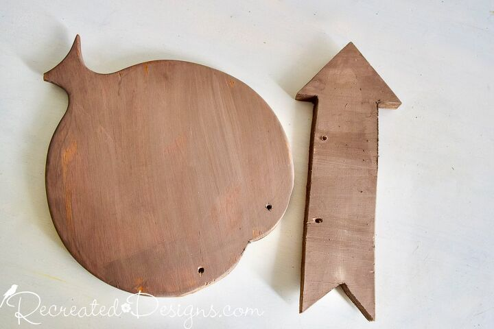 how to make the cutest fall sign out of a thrift store cutting board